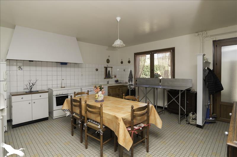 Maison  - 8 pièces    - 199 m² - ST JEAN LAGINESTE (46)