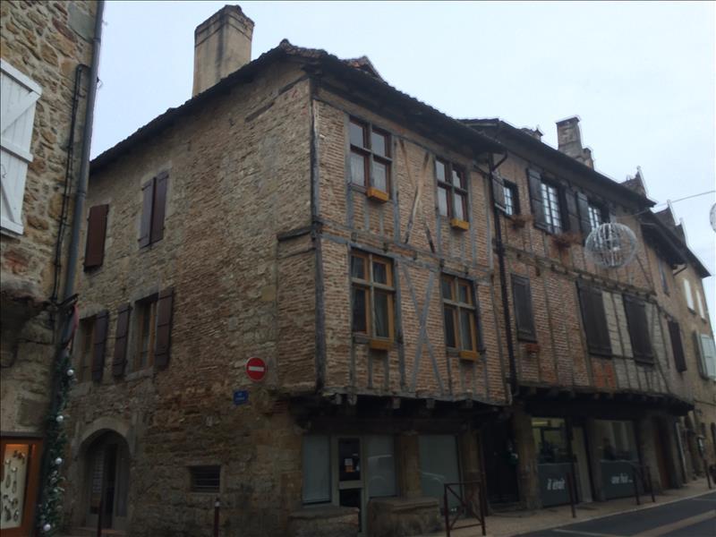 Maison ST CERE - 6 pièces  -   167 m²