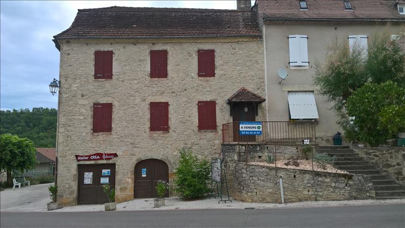 Maison CORNAC - 5 pièces  -   110 m²