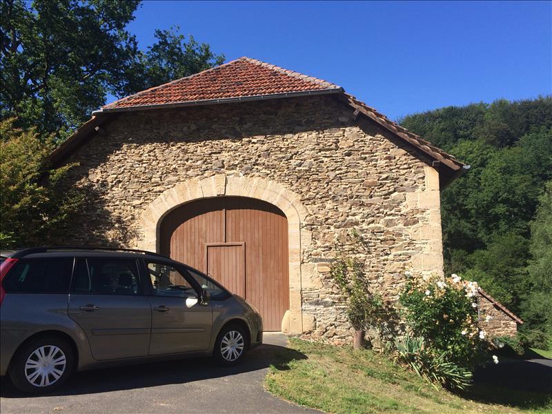 Maison MOLIERES - 3 pièces  -   85 m²
