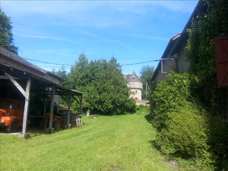 Maison SOUSCEYRAC - 10 pièces  -   243 m²