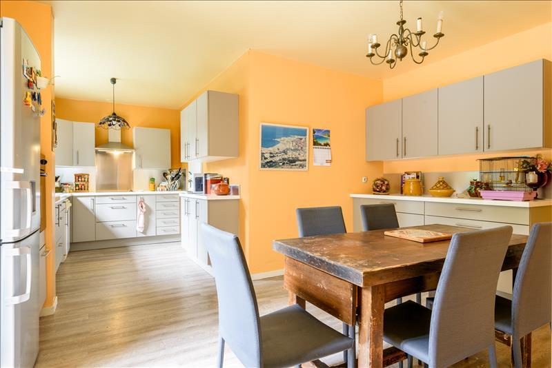 Maison ST JEAN - 6 pièces  -   166 m²