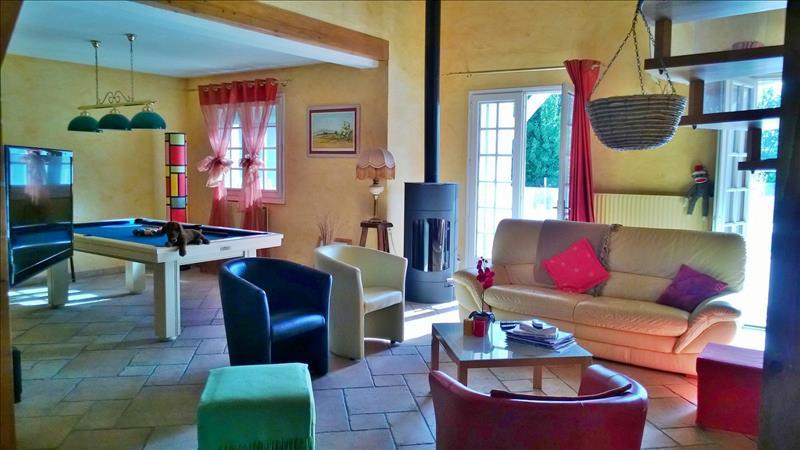 Maison ST JEAN - 5 pièces  -   190 m²