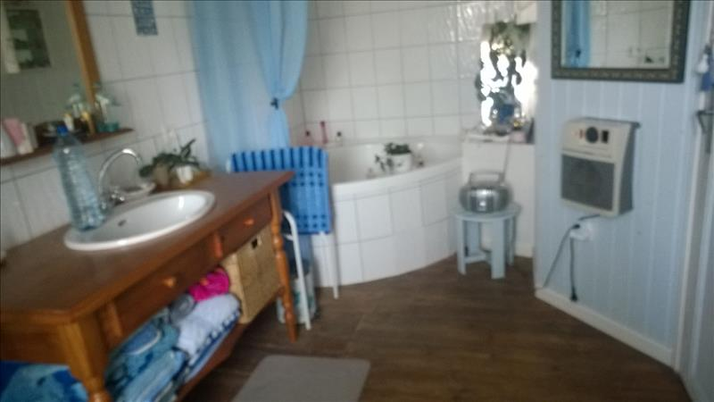Maison PLOUZELAMBRE - 6 pièces  -   130 m²