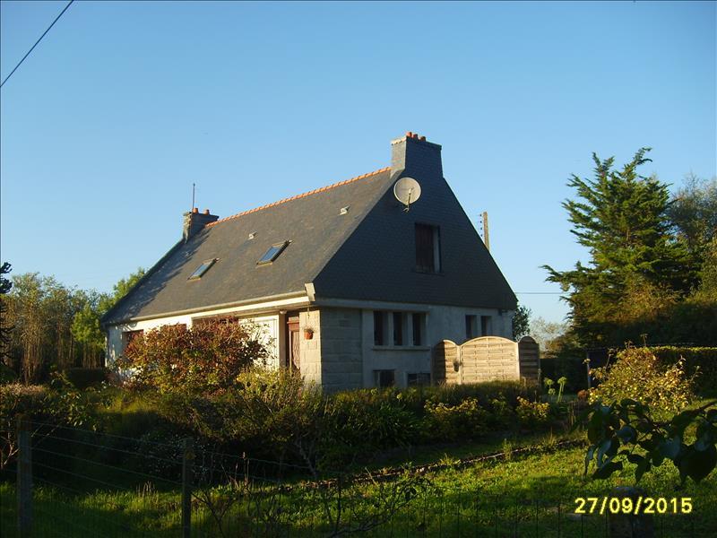 Maison PLESTIN LES GREVES - 6 pièces  -   90 m²