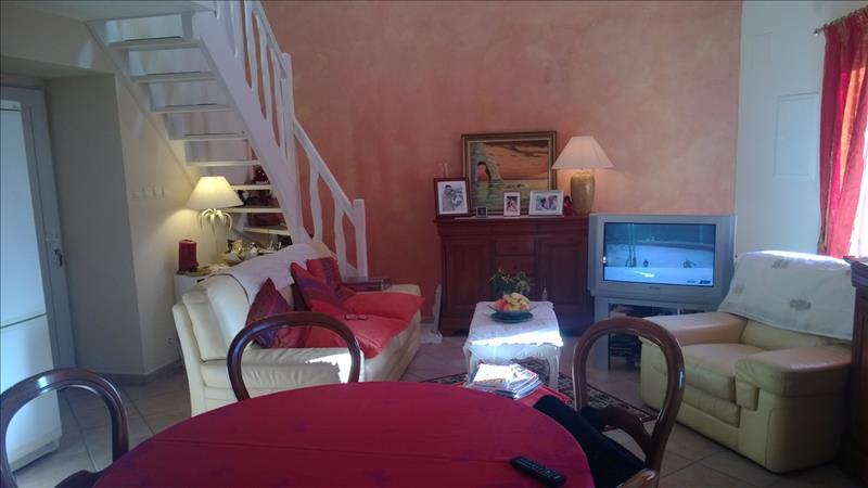 Maison PLOUGRAS - 3 pièces  -   65 m²