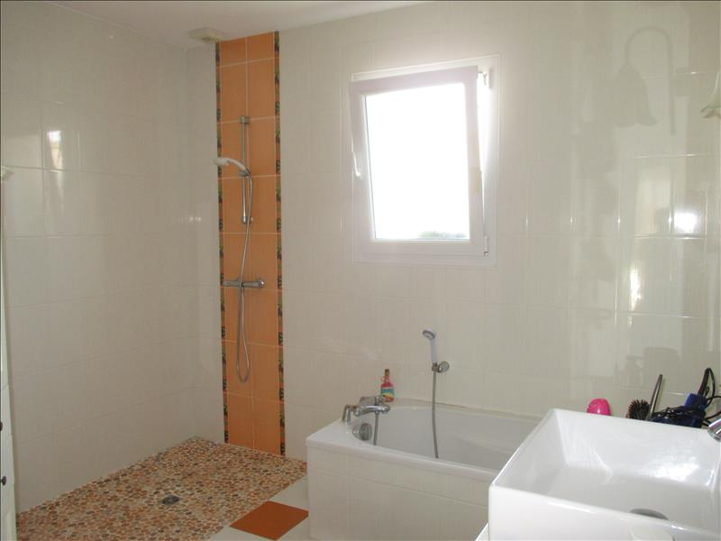 Maison NIEULLE SUR SEUDRE - 6 pièces  -   158 m²
