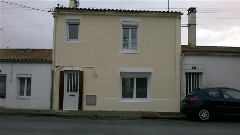 Maison MARENNES - 4 pièces  -   117 m²