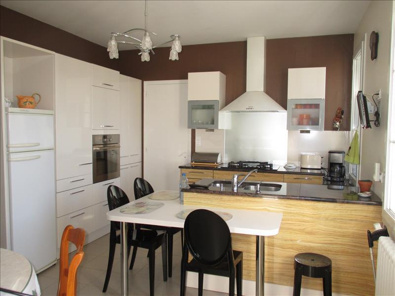 Maison BOURCEFRANC LE CHAPUS - 4 pièces  -   113 m²