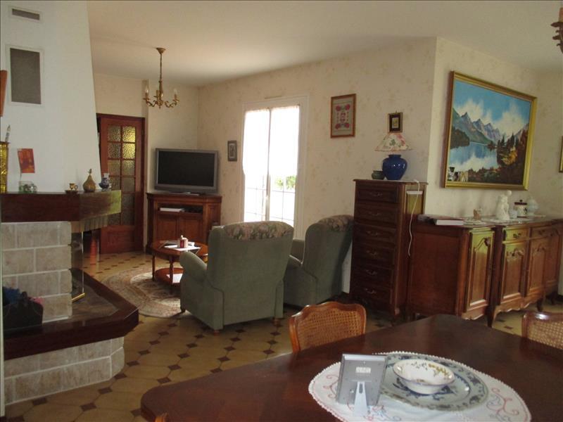 Maison BOURCEFRANC LE CHAPUS - 6 pièces  -   144 m²