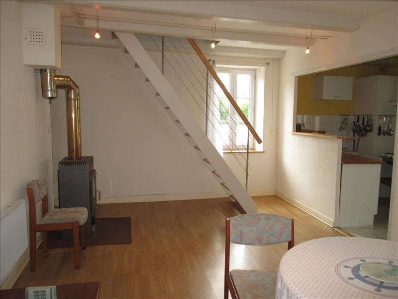 Maison ST JEAN D ANGLE - 5 pièces  -   100 m²