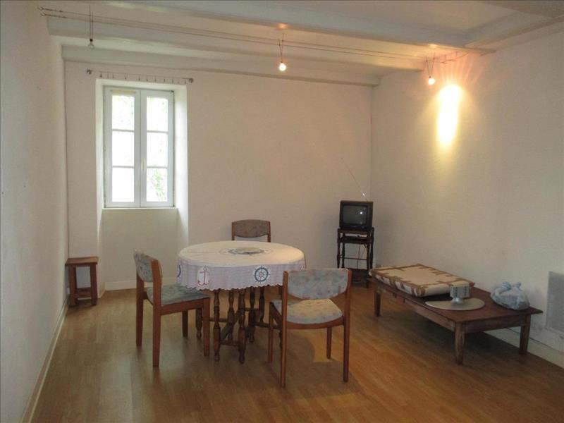 Vente Maison ST JEAN D ANGLE (17620) - 5 pièces - 100 m² -