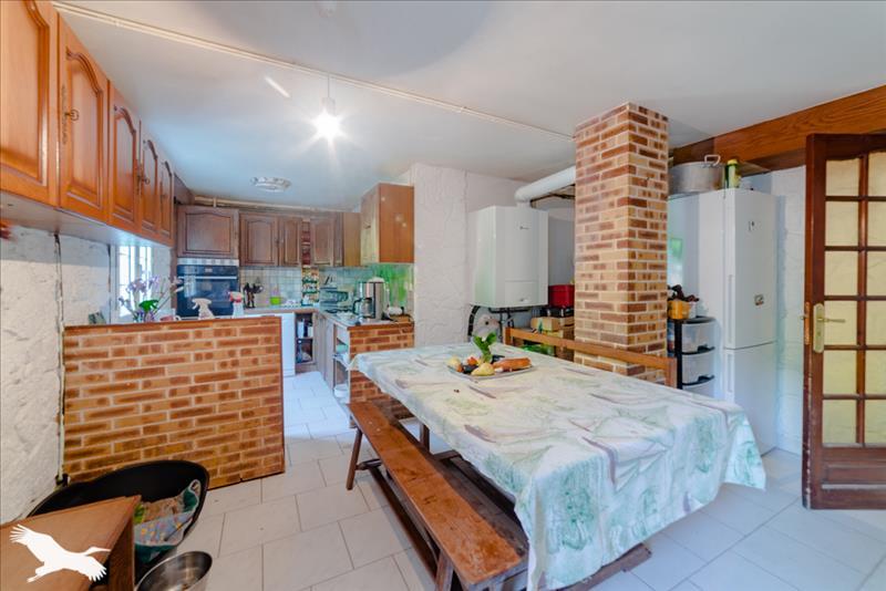 Maison  - 8 pièces    - 197 m² - LIMOGES (87)