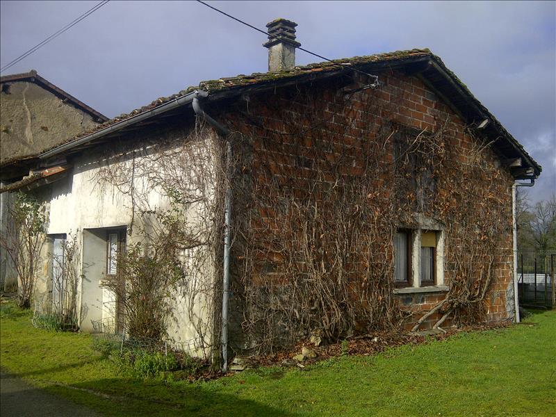 Maison ST JUNIEN - (87)