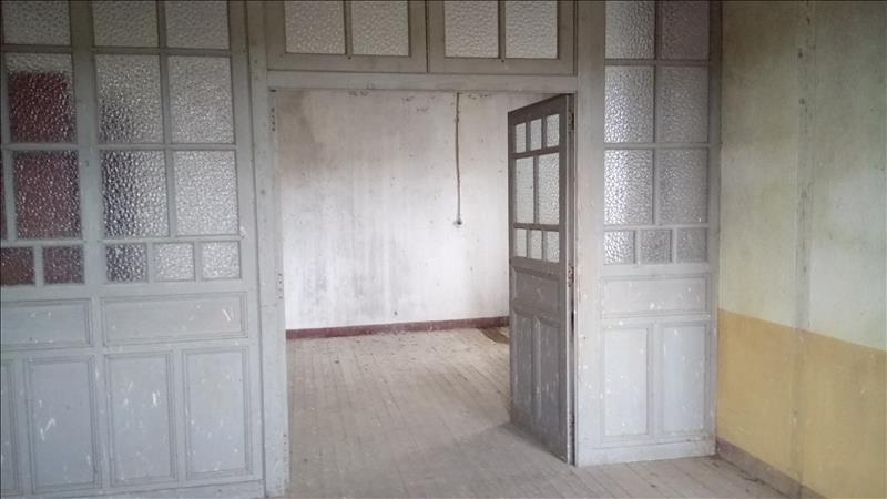 Maison ST JUNIEN - 7 pièces  -   150 m²