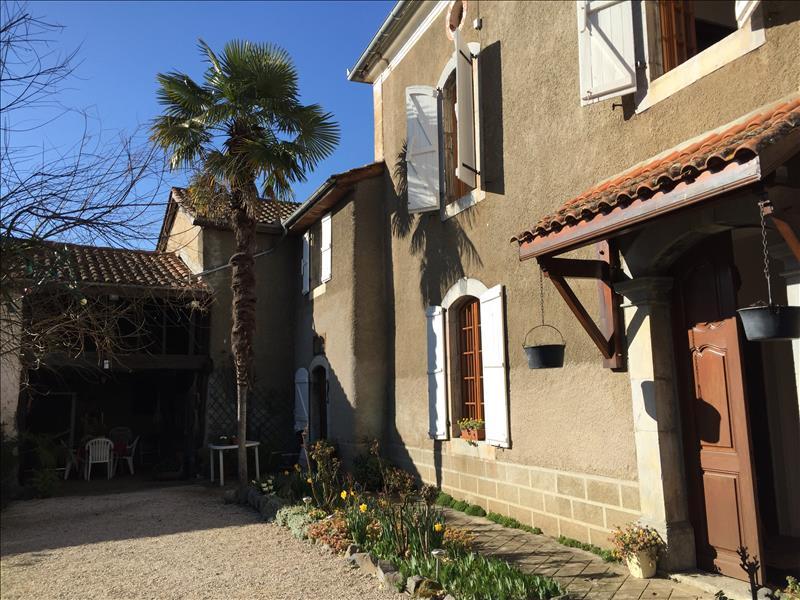 Maison CABANAC - (65)