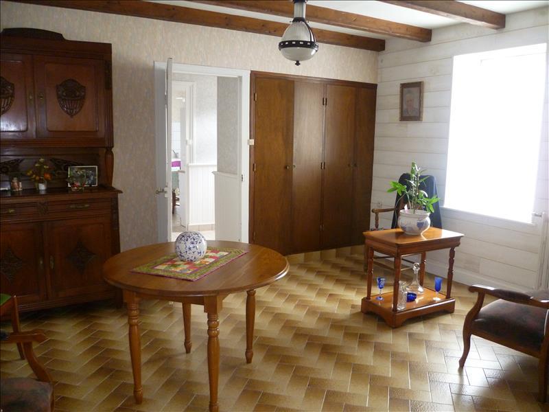 Maison KERLOUAN - 8 pièces  -   139 m²