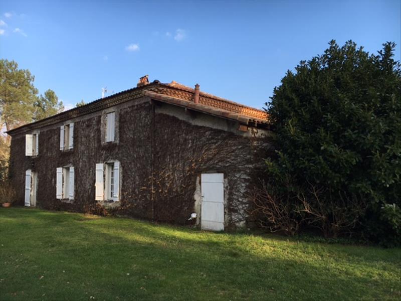 Maison SAUGNACQ ET MURET - 6 pièces  -   284 m²