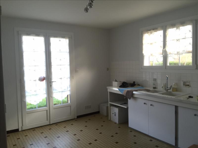 Maison PINEUILH - 4 pièces  -   105 m²