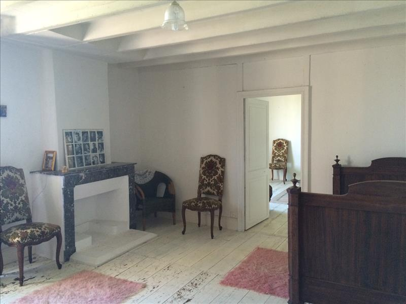 Maison PINEUILH - 5 pièces  -   150 m²