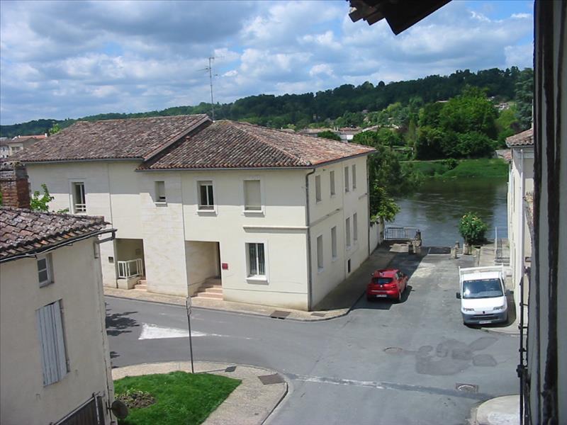 Immeuble STE FOY LA GRANDE - 8 pièces  -   200 m²