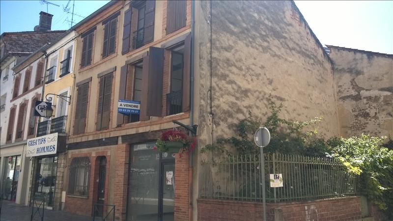 Maison MOISSAC - 3 pièces  -   115 m²