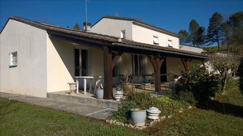 Maison LEMBRAS - 7 pièces  -   166 m²