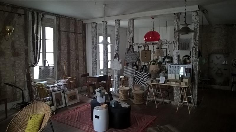 Maison ISSIGEAC - (24)