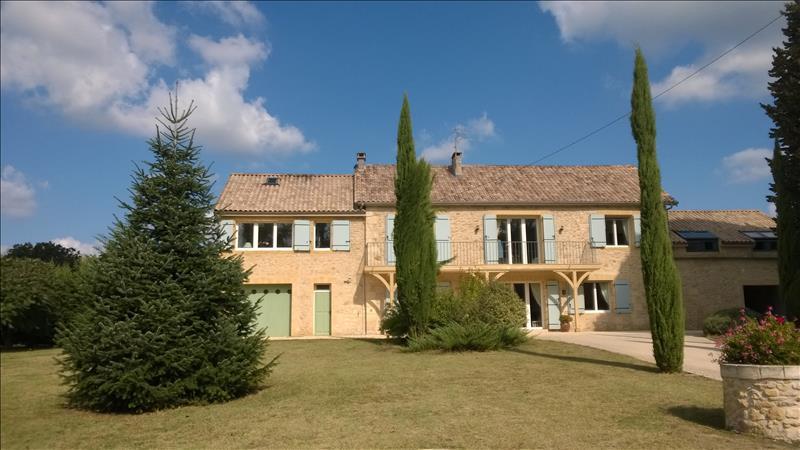 Vente Maison LALINDE (24150) - 8 pièces 262 m²