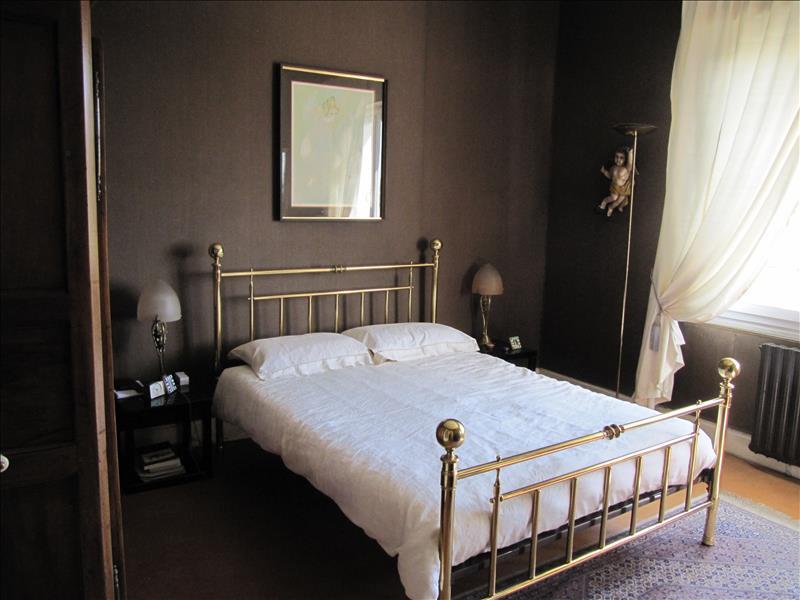 Maison ARNAC POMPADOUR - 5 pièces  -   168 m²