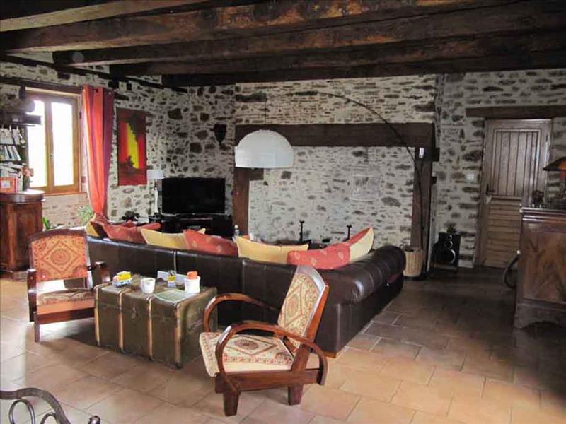 Maison TROCHE - 4 pièces  -   143 m²