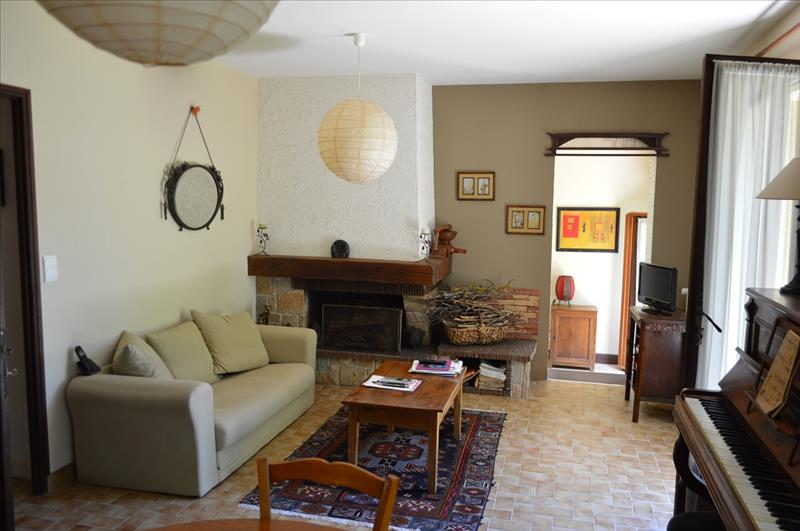 Maison LUBERSAC - 4 pièces  -   95 m²