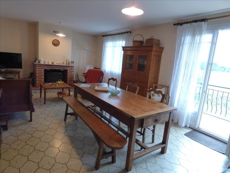 Vente Maison GAILLERES (40090) - 9 pièces - 156 m² -