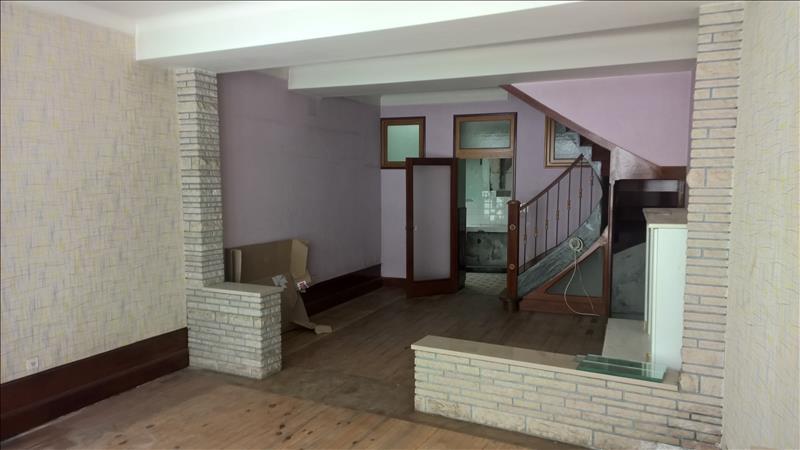 Maison CASTILLON LA BATAILLE - 4 pièces  -   150 m²
