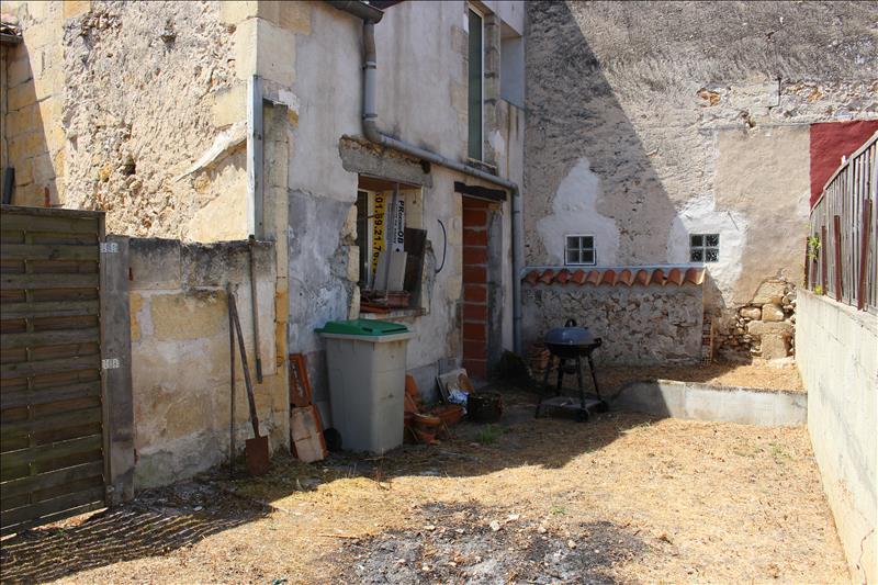 Maison LAMOTHE MONTRAVEL - 6 pièces  -   218 m²
