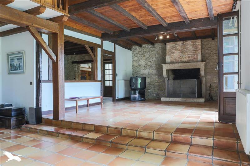 Vente Maison MONTPEYROUX (24610) - 7 pièces - 257 m² -