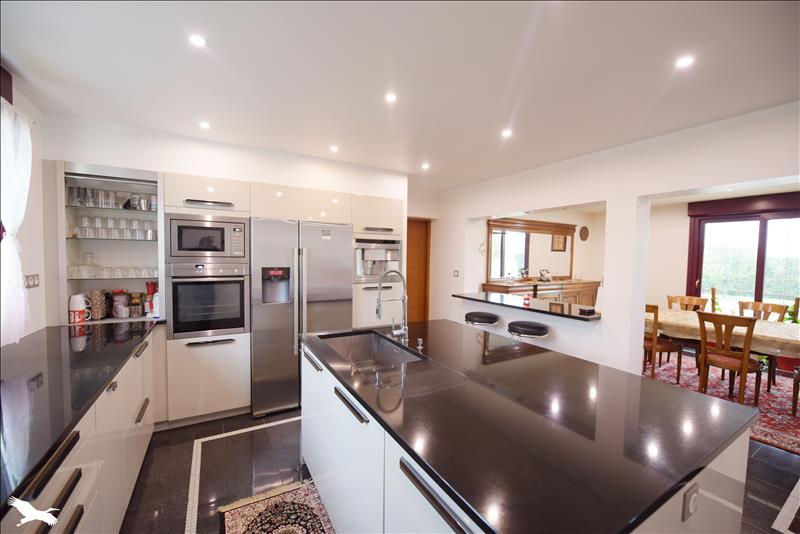 Maison  - 6 pièces    - 186 m² - ST SULPICE DE POMMERAY (41)