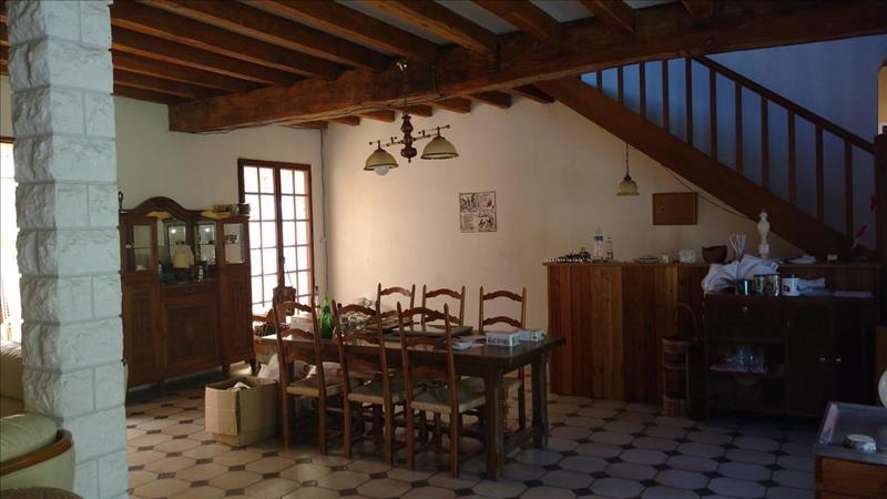 Vente Maison HUISMES (37420) - 4 pièces - 230 m² -