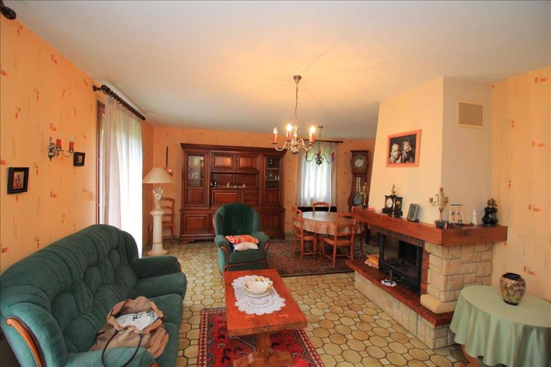 Vente Maison MEZIERES SUR ISSOIRE (87330) - 5 pièces - 130 m² -