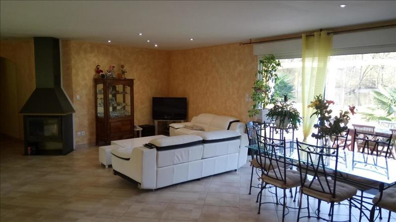 Vente Maison VIGNOUX SUR BARANGEON (18500) - 6 pièces - 165 m² -