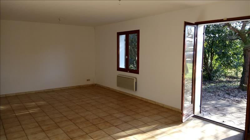 Maison ST SULPICE ET CAMEYRAC - 4 pièces  -   104 m²