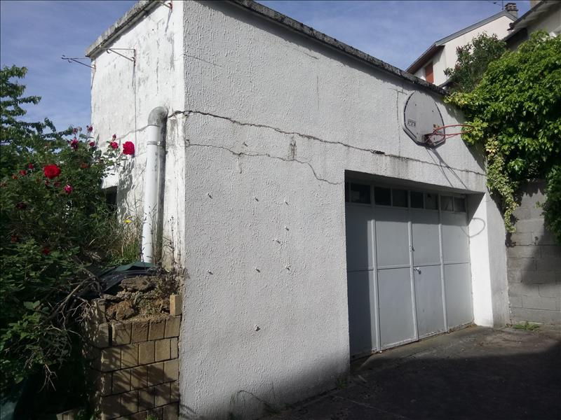 Maison  - 10 pièces    - 141 m² - LIMOGES (87)