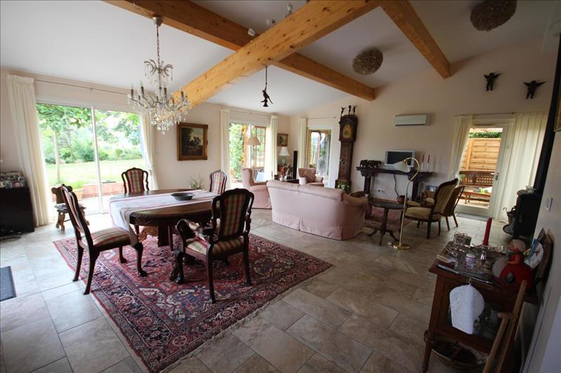 Vente Maison LOMBEZ (32220) - 5 pièces - 150 m² -