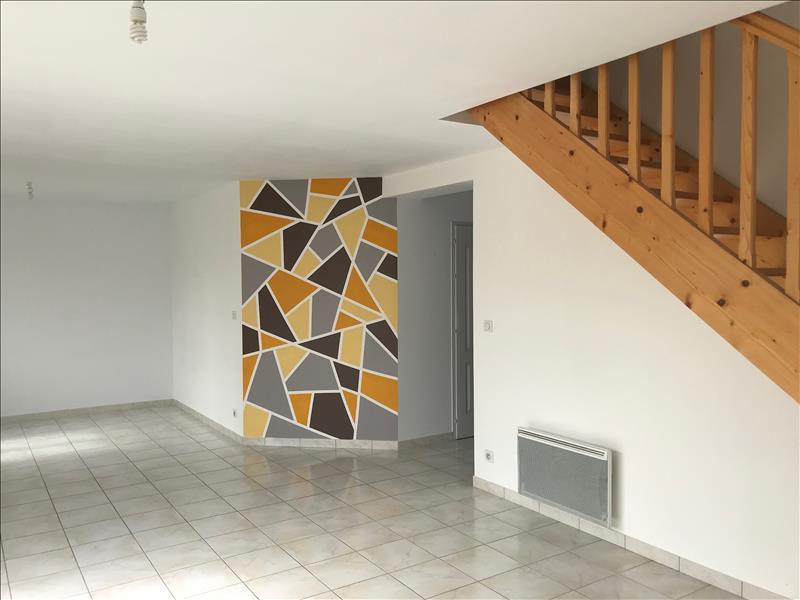 Maison  - 4 pièces    - 90 m² - FOURAS (17)