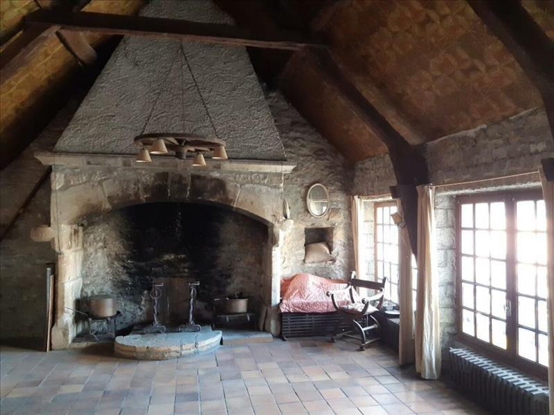 Vente Maison AMBEYRAC (12260) - 17 pièces - 417 m² -