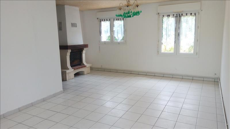 Maison  - 6 pièces    - 105 m² - MONTCUQ (46)