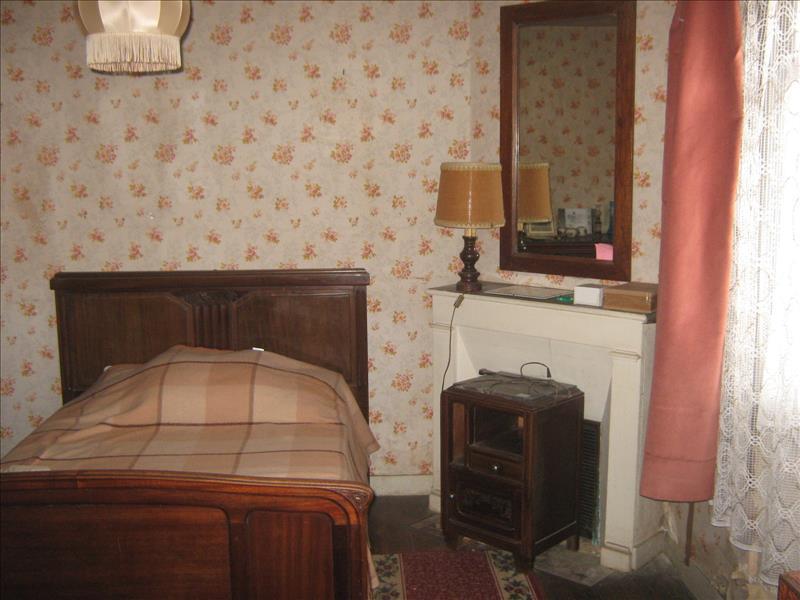 Maison SOURZAC - 4 pièces  -   105 m²