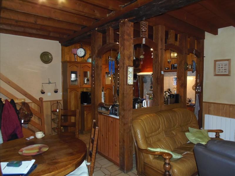 Maison ST FRONT DE PRADOUX - 8 pièces  -   146 m²