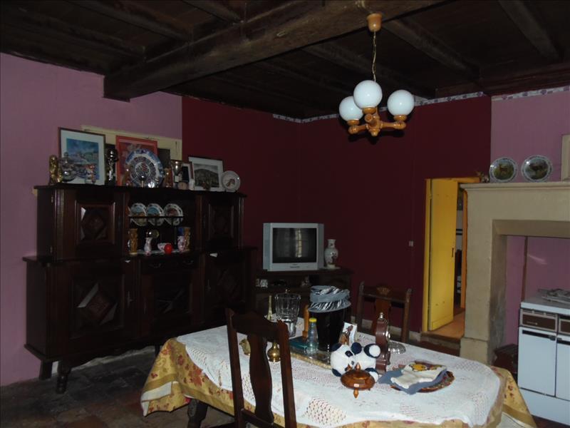 Maison ST FRONT DE PRADOUX - 4 pièces  -   115 m²