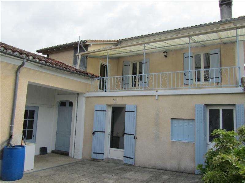 Maison NEUVIC - 8 pièces  -   170 m²